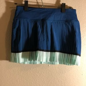Lululemon Pleat to Street skirt - blue